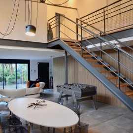Loft en duplex avec grande terrasse et parkings, 3 chambres, Villenave d'Ornon Bourg